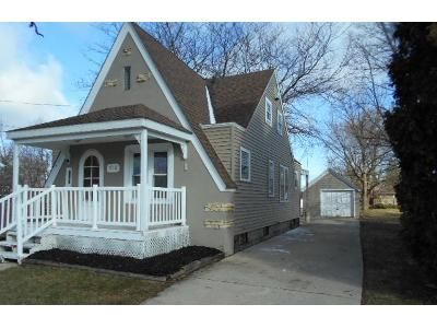 3 Bed 2 Bath Foreclosure Property in Aurora, IL 60505 - Mountain St