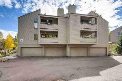 23646 Pondview Place H Golden, Great 2-story Condo in