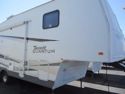 2006 Fleetwood Terry Quantum 32 RLS