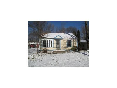 3 Bed 1 Bath Foreclosure Property in Willoughby, OH 44094 - Adkins Rd