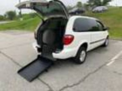 2002 Dodge Grand Caravan Dodge Grand Caravan Wheelchair Handicap Rear Ramp Power