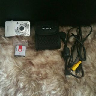Sony Cyber-shot DSC-W120 7.2MP Digital Camera.