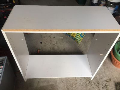BOOKCASE needs pegs for shelf