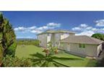 Kihei Executive House: Four BR, 2.5 BA Ocean View - House