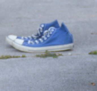 Hi Top Converse Sneakers great condition