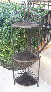 Metal & Wood Plant Stand