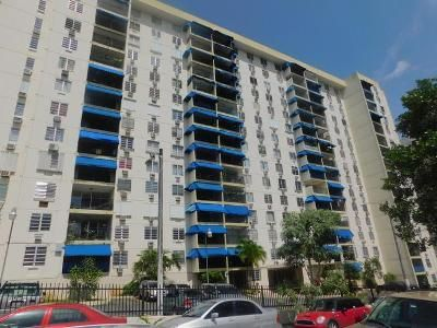 4 Bed 2 Bath Foreclosure Property in San Juan, PR 00926 - I15 Sky Tower Ii Cond