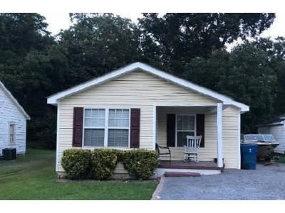 2 Bed 2 Bath Foreclosure Property in Boaz, AL 35957 - White St