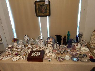 Estate Sale - Antiques & Collectables