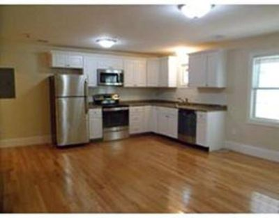 339 Centre #12 Middleboro One BR, GROUP SHOWING THURS 6/13 AT 8