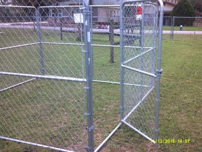 New 10' x 10' x 6' high portable chain link dog kennel