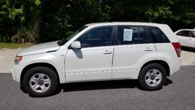 2007 Suzuki Grand Vitara Base (White)