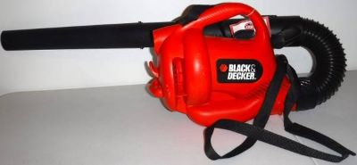 Like New! Black & Decker Electric Leaf Blower
