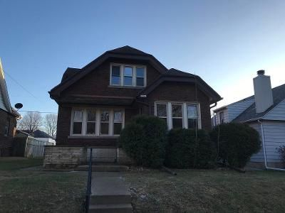 3 Bed 2 Bath Foreclosure Property in Milwaukee, WI 53235 - E Crawford Ave