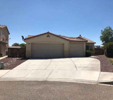 11089 Continental Court ADELANTO Three BR, Cul-de-sac home with