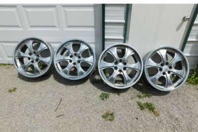 """22"""" Rims for Chevy 6 lug nuts"""