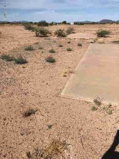8610 W NUGGET Road Casa Grande, lot has a 1000 gallon