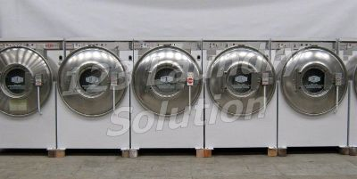Fair Condition Milnor Front Load Washer 35LB 3PH 220V White Finish Used