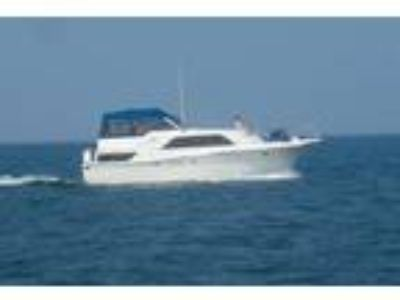1988 Chris-Craft 381 Catalina