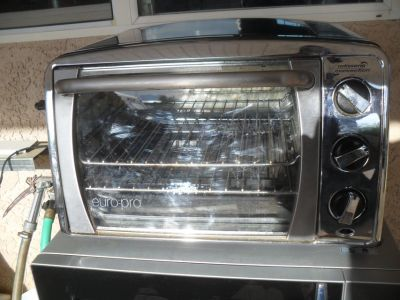 ^^^ Nice Toaster Oven ^^^