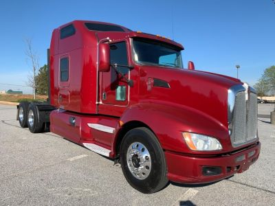 2012 Kenworth T660 (Red)