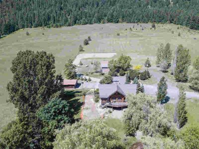 701-A Williams Lake Rd Colville Four BR, Expansive log home