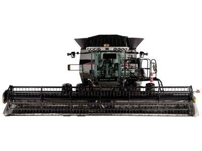 2011 Gleaner S67