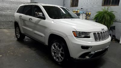 2015 Jeep Grand Cherokee 4WD Summit (White)