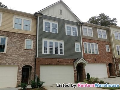 Stunning 3 Story-4 Bedroom Townhome in Decatur!