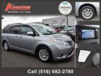 $24598.00 2016 TOYOTA Sienna with 25674 miles!