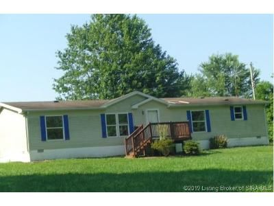 2 Bed 2 Bath Foreclosure Property in Pekin, IN 47165 - E Mann Rd
