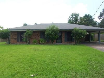 3 Bed 2 Bath Foreclosure Property in Houma, LA 70363 - Jean Ellen Ave