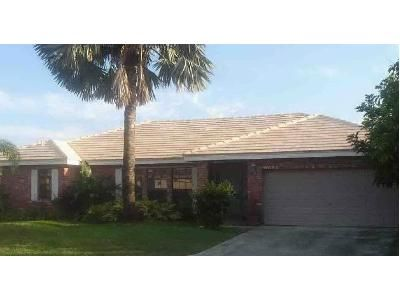 4 Bed 2 Bath Foreclosure Property in Pompano Beach, FL 33067 - NW 52nd St