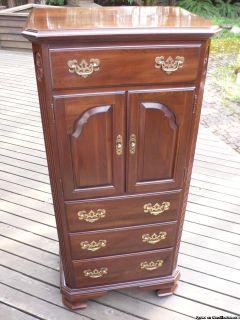 Ethan Allen Bedroom Dresser Chest of Drawers