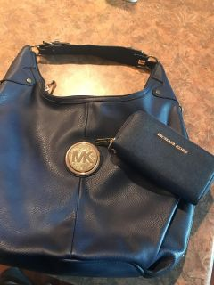 Michael Kors wallet and purse! 2 ITEMS 1 PRICE!