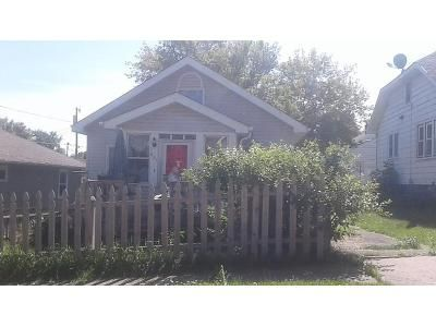 2 Bed 1 Bath Foreclosure Property in Duluth, MN 55807 - N 41st Ave W