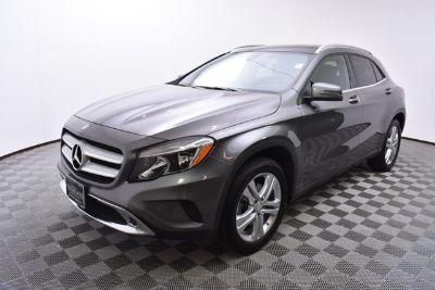 2017 Mercedes-Benz GLA (gray)