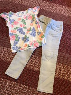 H & M outfit. Like NEW. Worn once. Pants are slightly stretchy jean type material 4T