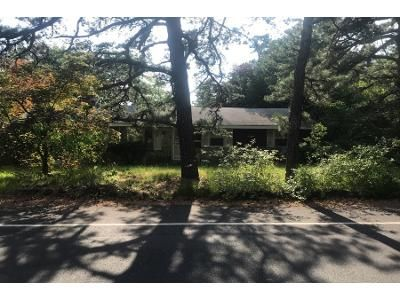 3 Bed 1 Bath Foreclosure Property in Browns Mills, NJ 08015 - Spring Ter