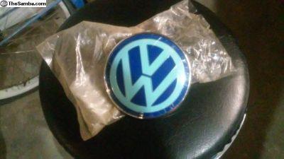 new beetle euro rear emblem 98-01 nos