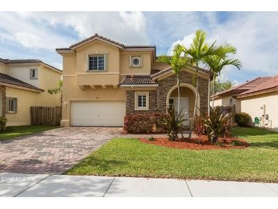 3 Bed 2 Bath Foreclosure Property in Miami, FL 33190 - SW 221st Ter