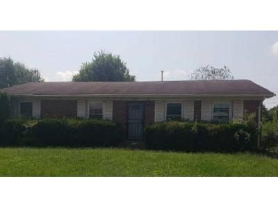 3 Bed 1.5 Bath Foreclosure Property in Lexington, KY 40505 - Thirlstane Ct