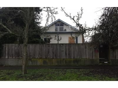 3 Bed 1 Bath Preforeclosure Property in Seattle, WA 98117 - NW 81st St