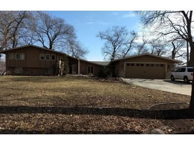 4 Bed 3 Bath Preforeclosure Property in Mound, MN 55364 - Sherwood Dr