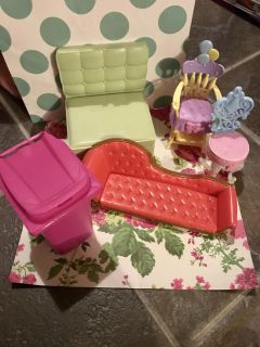 Misc Doll house furniture