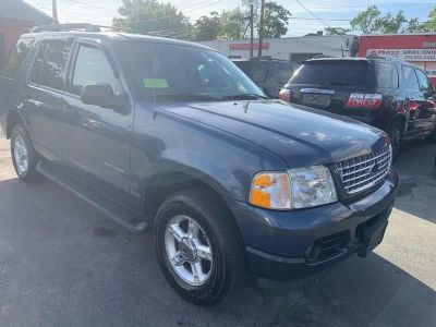2005 Ford Explorer XLT (Blue)
