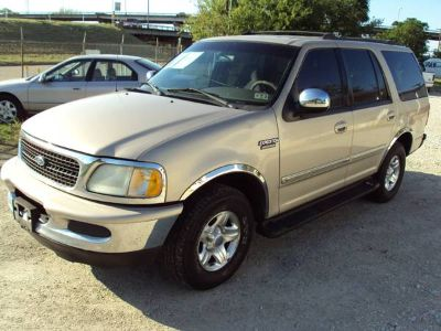1998 Ford Expedition XLT, runs and drives perfect.
