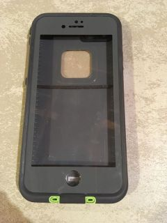 Lifeproof iPhone case great condition