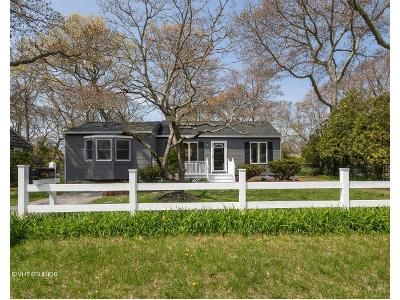2 Bed 1 Bath Foreclosure Property in Bellport, NY 11713 - Country Club Rd