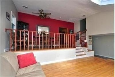 Plainview - Renovated And Expanded Split With 4 Bedrooms. Single Car Garage!